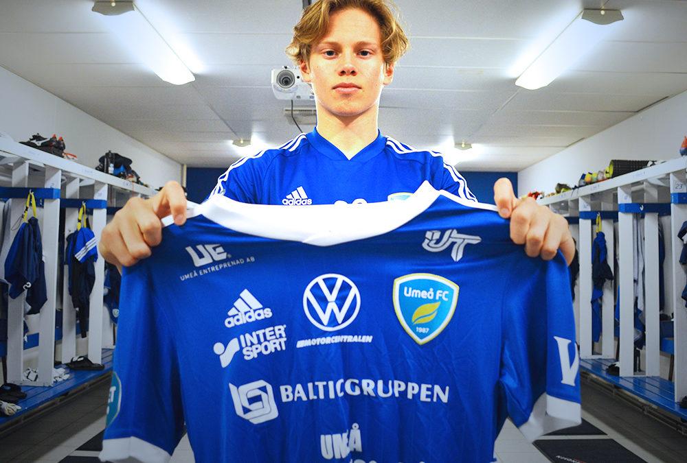 Hugo Bergström flyttas upp till Umeå FC