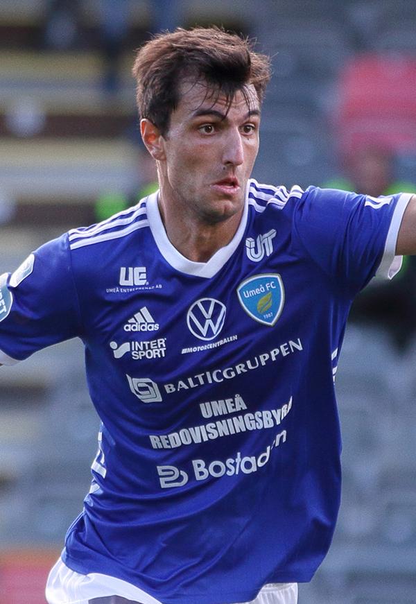 15. Jorge Juliá
