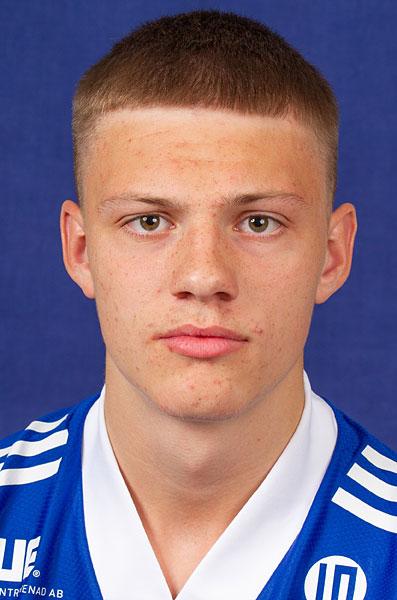 38. Rasmus Andersson